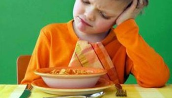 My Child Vomits When He Sees Me Eat! | Applied Behavioral